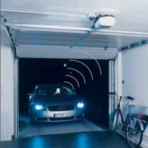 Instalaci n de motores para puertas de garaje en valencia - Motores para puertas de garaje abatibles ...