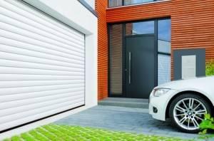 Montaje de puertas para garaje en Valencia