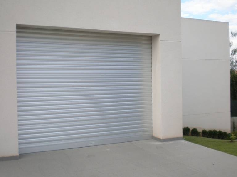 Puertas enrollables valencia santiago salvador for Puertas enrollables
