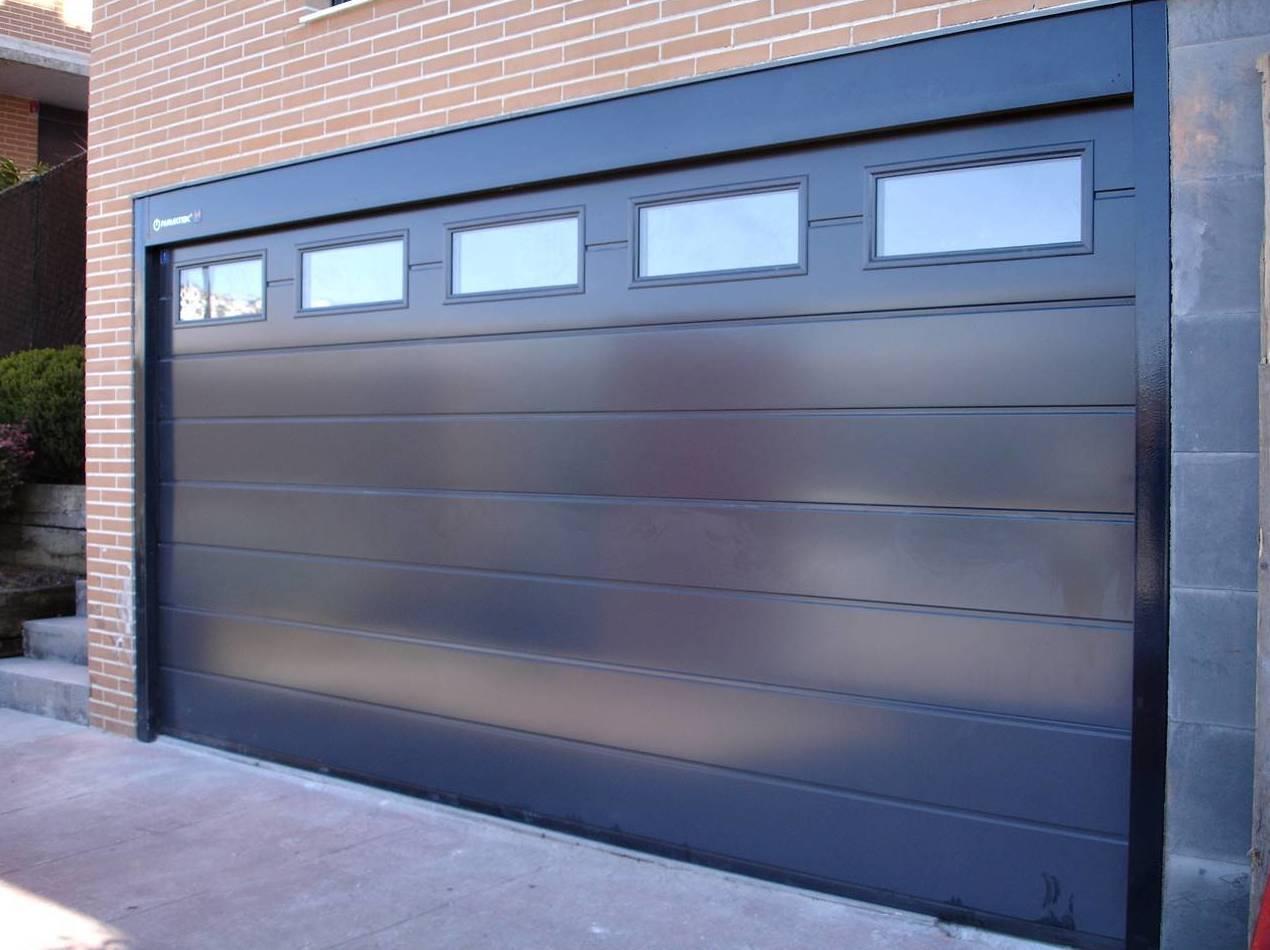 Puertas de garaje seccionales valencia santiago salvador - Puertas automaticas garaje precios ...