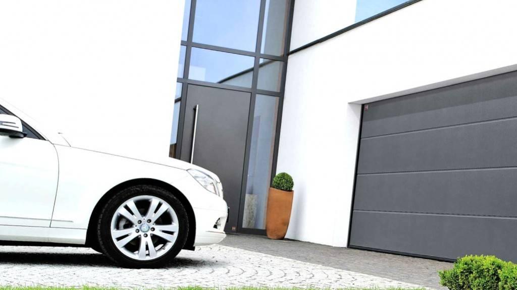 Motorización de puertas Valencia - Servicios de motorización de puertas en Valencia