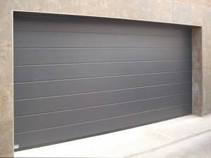 Instalación y venta de puertas seccionales Valencia - Servicios de calidad