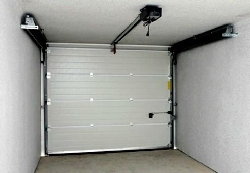 Puertas seccionales valencia de las mejores marcas for Motor puerta seccional
