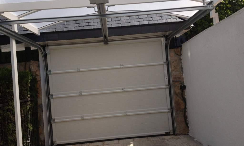Servicios de motorización de puertas Valencia - Empresa profesional
