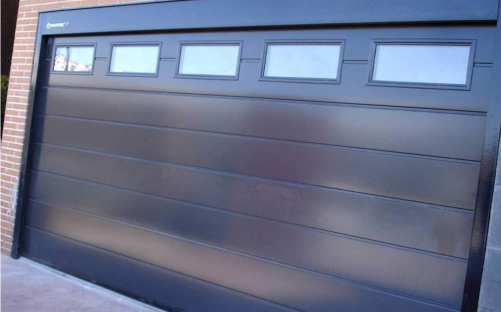 Ofertas para puertas de garaje Valencia - Empresa profesional
