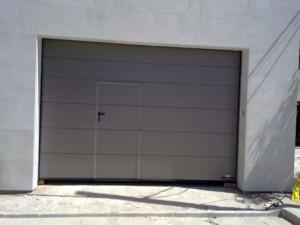 Empresa de instalación puertas de garaje Valencia profesional