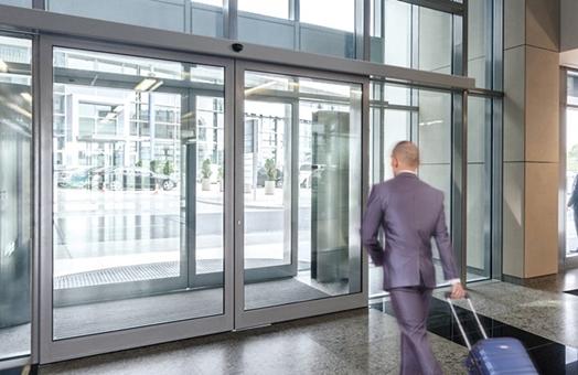 Servicios de instalaciones de puertas automáticas Valencia