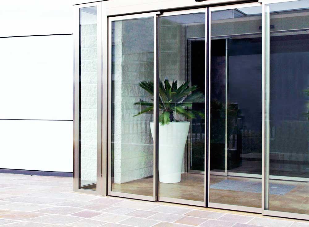 Instalación de puertas automáticas de cristal en Valencia