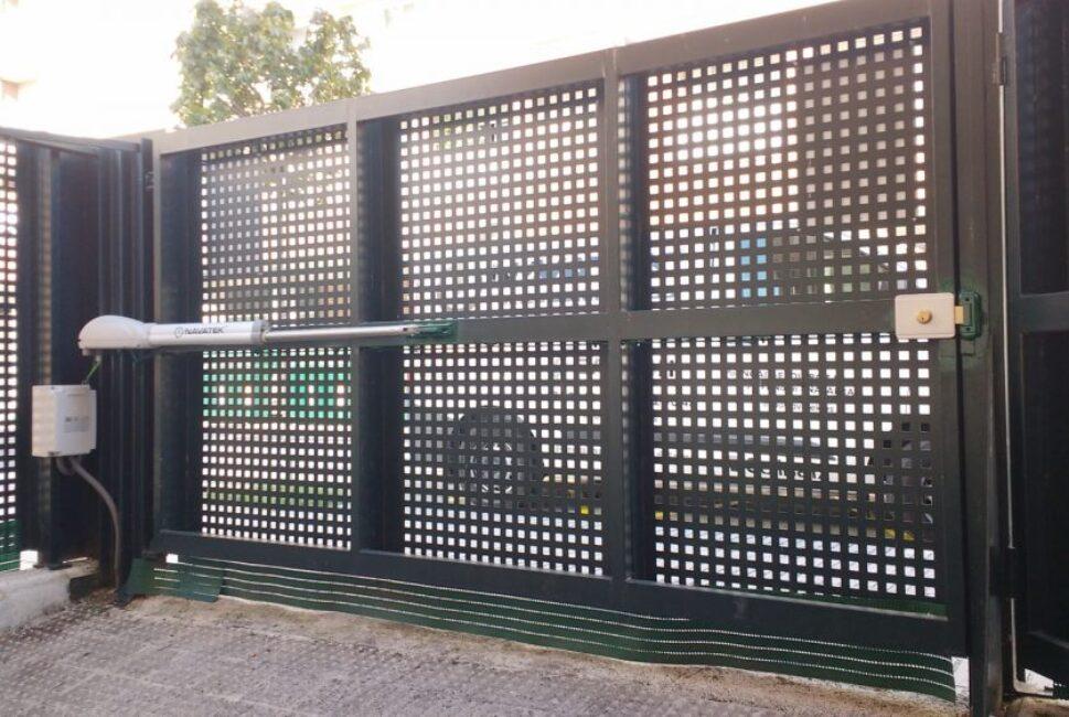Empresa de montaje de puertas automáticas Valencia profesional