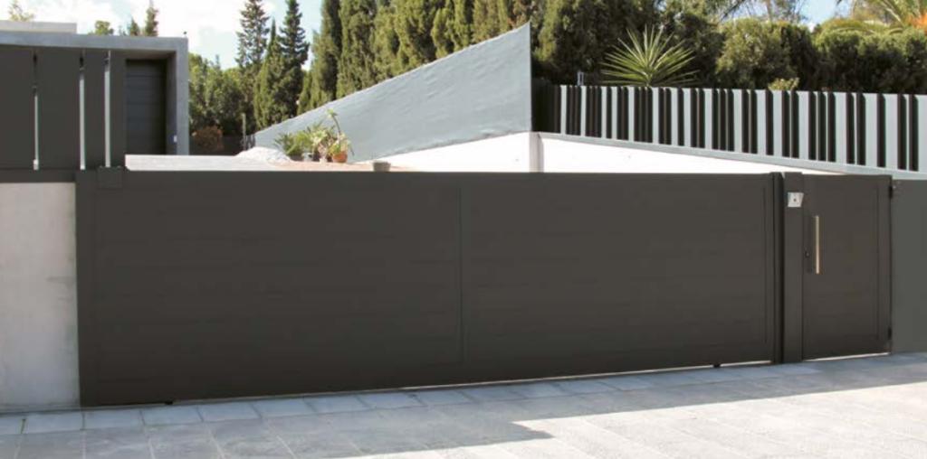 Puertas automáticas de aluminio Valencia de calidad
